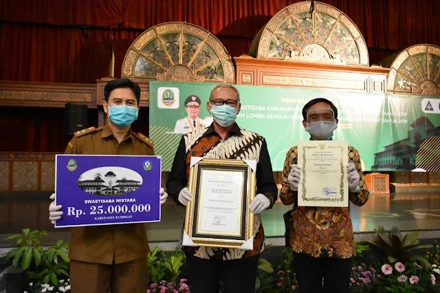 Masuk Predikat Kabupaten Sehat, Kuningan Raih Penghargaan Swasti Saba Wistara