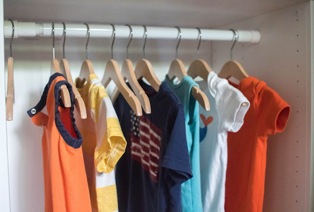 Montessori parenting - here's a look at the positives and the challenges of using a capsule wardrobe with our kids.