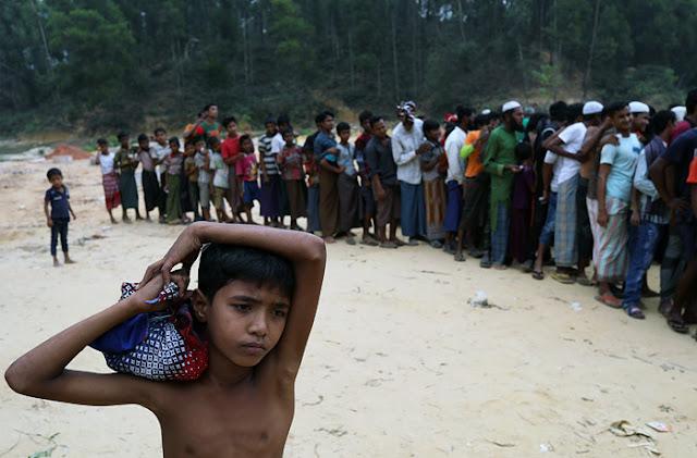 Бангладеш переселит 100 тыс. мусульман-рохинджа на необитаемый остров