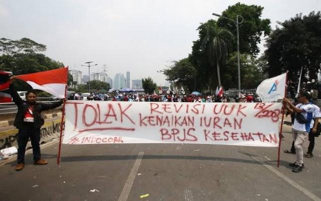 Kebijakan Rezim Jokowi Memiskinkan Rakyat