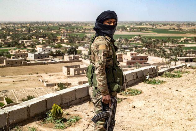 Τι σημαίνει η νέα σύγκρουση των Κούρδων με τις δυνάμεις του Ασάντ