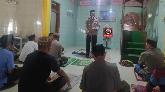Safari Jum'at, Kapolsek Polongbangkeng Selatan Jadikan Tatap Muka Jamaah Masjid Lingkungan Sayowang Lama