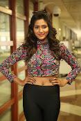 shalu chaurasiya latest sizzling pics-thumbnail-19