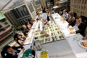 विश्व के 10 अजीब रेस्तरां