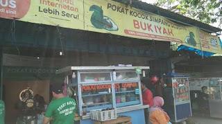 Restoran Tempat Makan Sarapan Pagi Jajanan Malam Seafood Halal Dan Pusat Oleh Oleh Wisata Kuliner Khas Medan