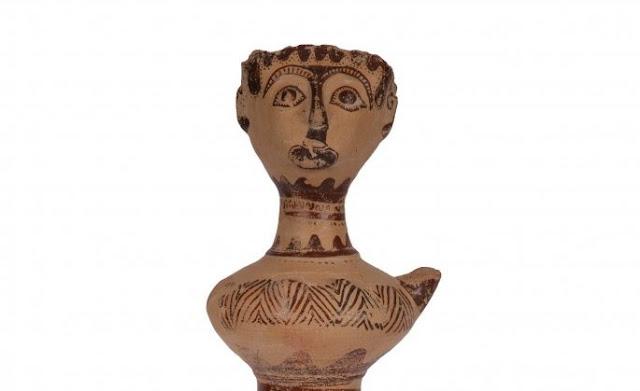 Μια ιέρεια φτιαγμένη στην Αργολίδα τον 14ο αιώνα π.Χ στον κόσμο του Ομήρου