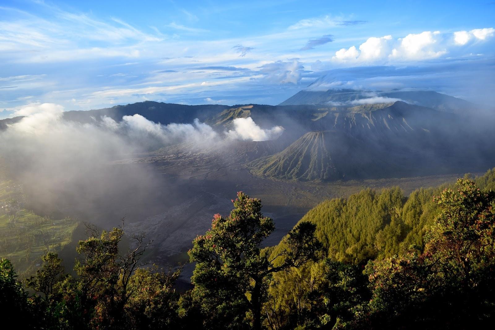 8 Gambar Pemandangan Alam Asli Indonesia Hd