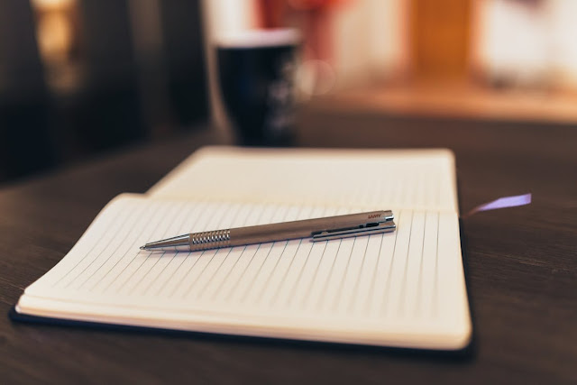 Some of our best thoughts appear when pen and paper connect.