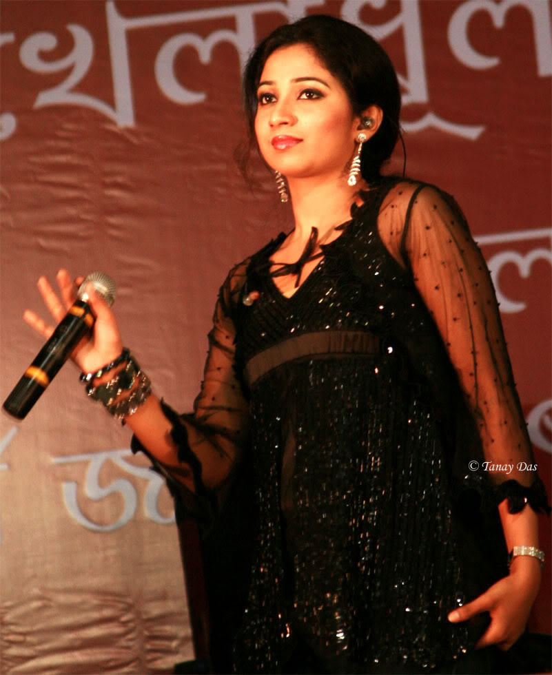 Shreya Ghoshal Hot And Sexy Images