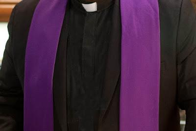 La  crociata di preghiere (38) deve essere recitata durante il mese di aprile ogni giorno
