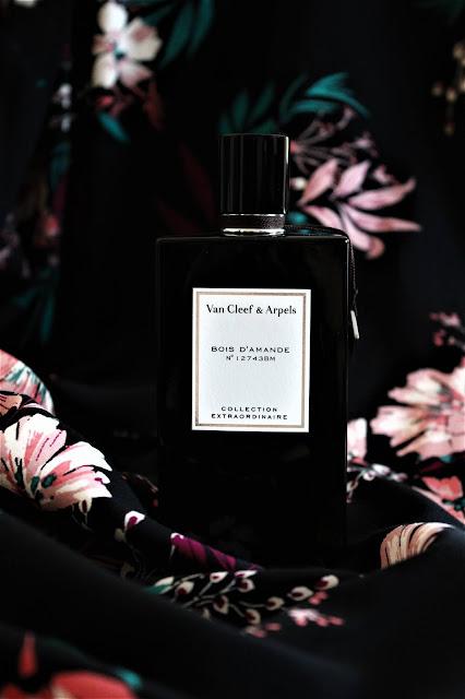 van cleef and arpels bois d'amande avis, collection extraordinaire van cleef & arpels, parfums van cleef, van cleef arpels perfume, bois d'amande perfume review, avis parfum, blog sur le parfum, perfume blogger, parfum pas cher, best perfume