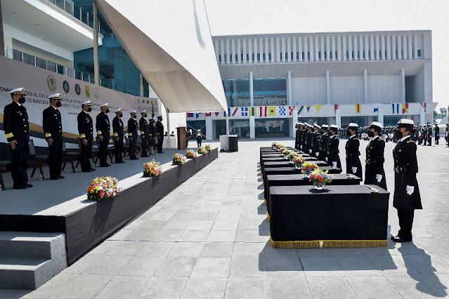 Cadetes de HENM y del CENCIS juran bandera en el marco de la Gesta Heroica del 21 de abril