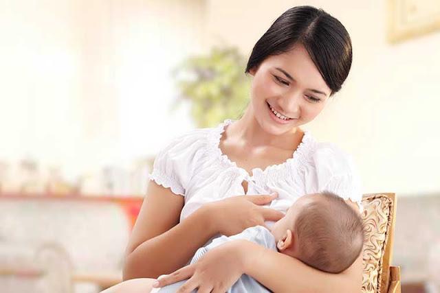 Berikut adalah beberapa manfaat menyususi ASI (air susu Ibu) bagi ibu dan bayi, yang Anda harus tahu.