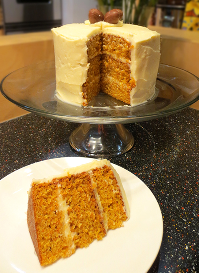 Pure and Simple Carrot Cake {recipe} // A Style Caddy