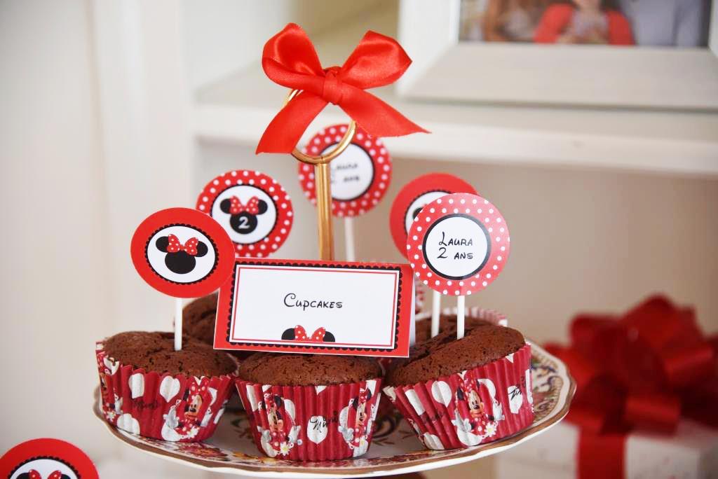 cupcakes au chocolat avec décoration theme Minnie