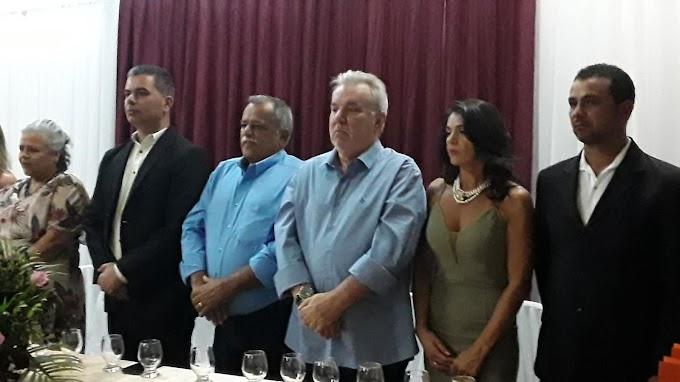 Daniel Almeida representante deputado Henrique Queiroz Filho em solenidade de Colocação de Grau da Erem Justa Barbosa.