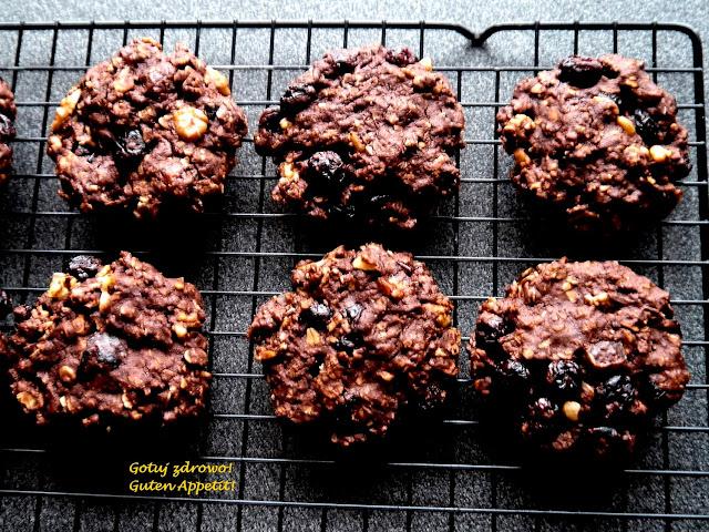 Czekoladowe ciasteczka owsiane - fit, pyszne - Czytaj więcej »
