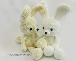 http://www.amigurumitogo.com/2015/03/Spring-Time-Dress-Me-Bunny.html