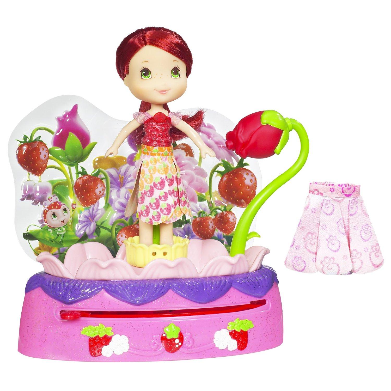 Strawberry Shortcake Flower Cake