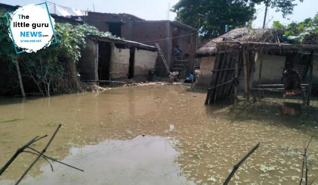 फेनहारा के रतनवा गांव में भी घुसा बाढ़ का पानी