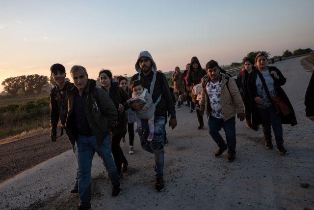 Άρχισαν τα επεισόδια με πρόσφυγες στα σύνορα