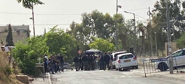 Policía israelí en el barrio de Sheikh Jarrah en Jerusalén oriental, donde las familias palestinas están siendo desalojadas de sus hogaresYahya Arouri