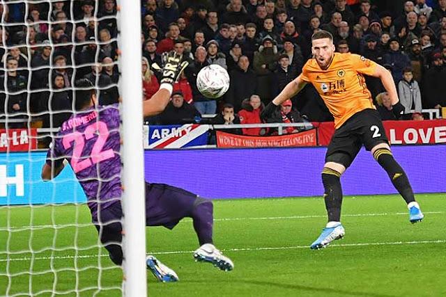 """Video Wolves 0-0 MU: Tiếc nuối xà ngang, thoát hiểm nhờ """"người nhện"""" 1"""