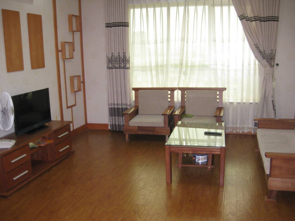 Apartment For Rent In Hanoi : Cheap 3 Bedroom Apartment