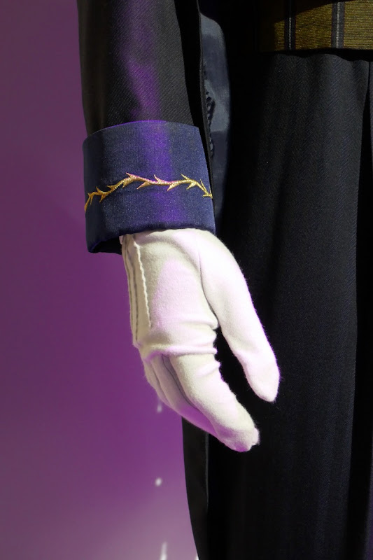 Haunted Mansion Ramsley costume glove