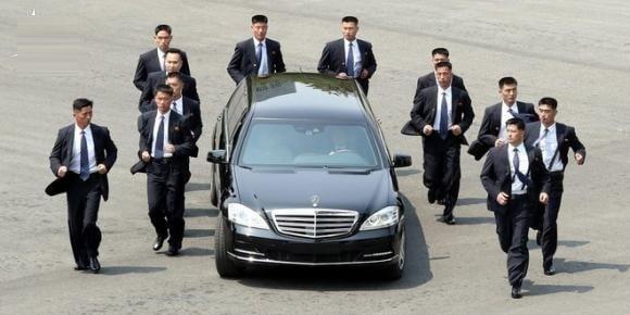 Lộ siêu xe Lexus mới của ông Kim Jong-un: Mẫu xe đời mới nhất, có giá hơn 90.000 USD ở Mỹ