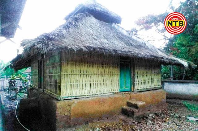 Masjid Kuno Gunung Siup Lombok Timur Masih Berdiri Kokoh
