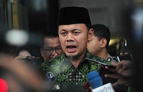 Ridwan Kamil Sebut Bima Arya Wajib Tes Corona di Bandung