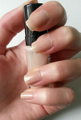 Swatch vernis magnolia yves rocher