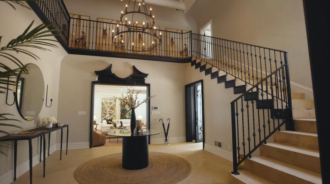 50 Interior Design Photos vs. 910 N Rexford Dr, Beverly Hills, CA Ultra Luxury Mansion Tour
