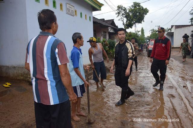Ini Langkah Cepat Emil Dardak Untuk Mengatasi Bencana Banjir dan Tanah Longsor di Daerahnya