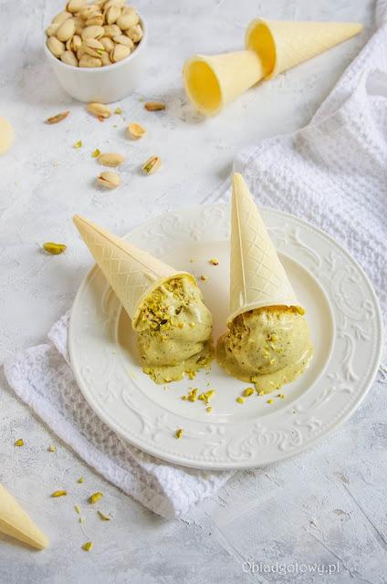 Domowe lody pistacjowe