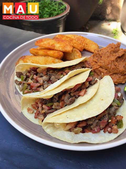 tacos de sirloin estilo tipo el papalote monterrey con tocino