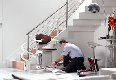comment installer un fauteuil monte escalier