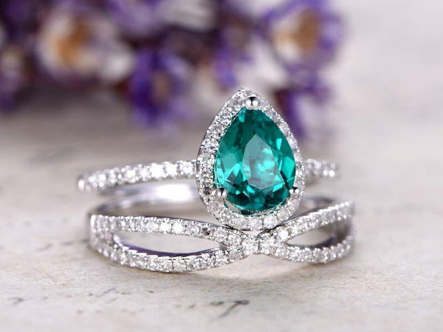 Non Diamond Engagement Rings Emerald