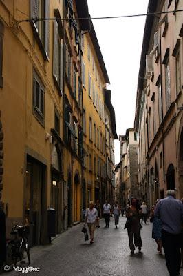 Via Fillungo è una delle principali vie di Lucca