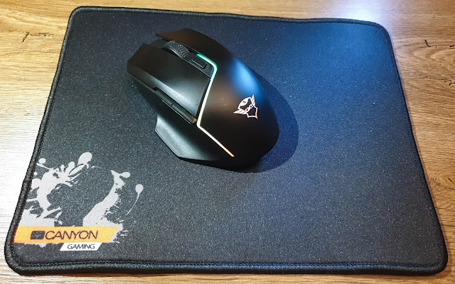 Canyon gaming mouse pad