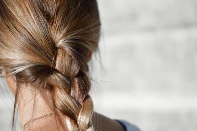 طريقة مؤلمة وفعالة لإزالة الشعر غير المرغوب فيه!