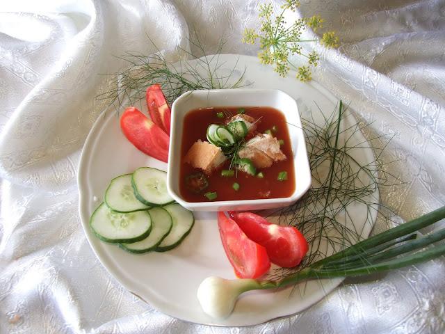 Gaspaćo - hladna čorba od paradajza
