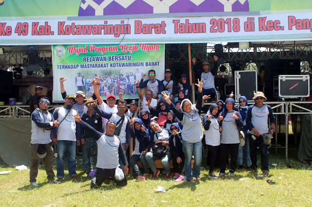 Relawan Bersatu Turut Benahi Arena MTQ Ke-49 Kobar