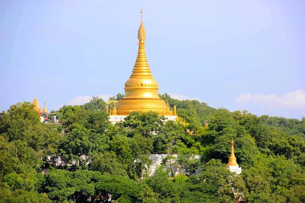 Pagoda Kaunghmudaw - Sagaing - Myanmar