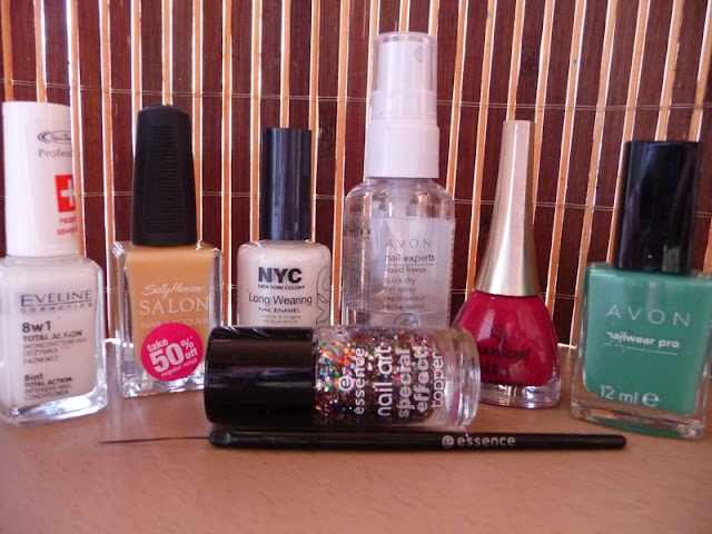 Eveline, Golden Rose Paris Nail Lacquer, Avon, Essence Marble Mania Nail Kit, Sally Hansen, wiśniowy ogród, lakier do paznokci, manicure, french, NYC