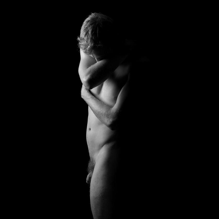 VoyagE En ClaiR-ObscuR (II), by Nicolas Dumas XIII (NSFW)