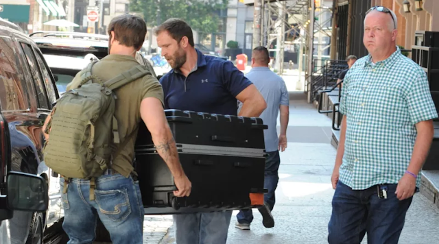 Taylor Swift in a suitcase, photo by JCNYC / Splash News/JCNYC / Splash News