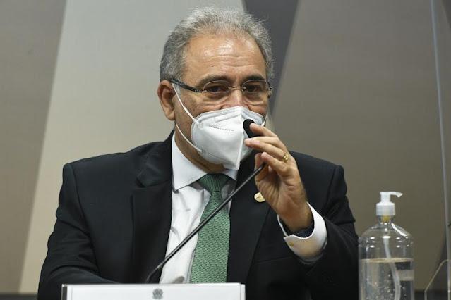 AO VIVO: Queiroga desmente Bolsonaro, nega guerra química originária da China, e concorda com lockdown adotado por estados