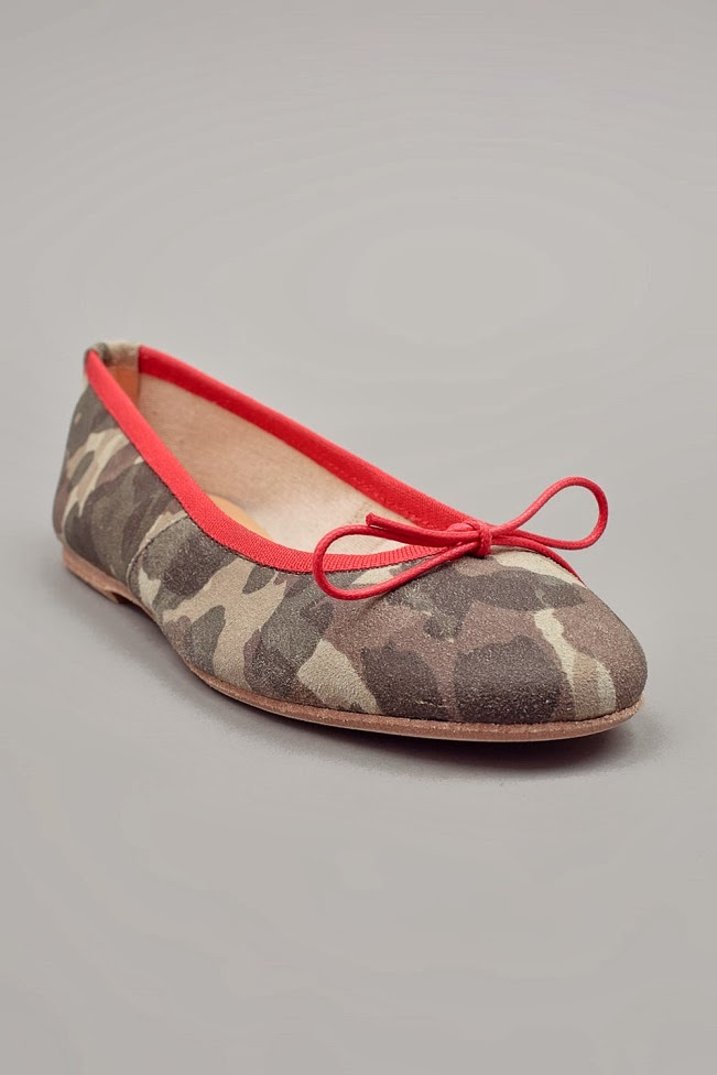 Camo pattern flat shoes by madisonlosangeles.com